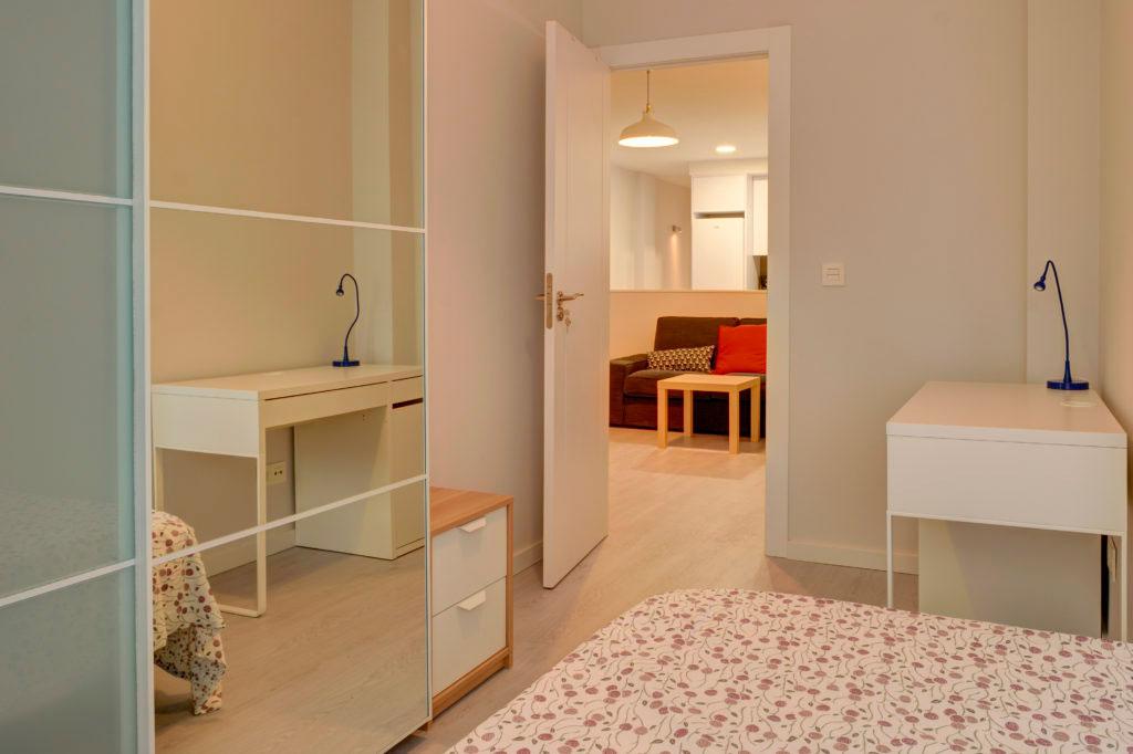 habitacion zaragoza en piso alquiler poppy rooms