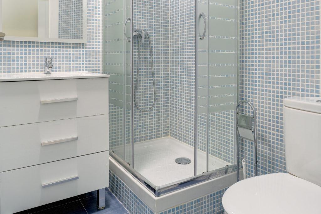 baño privado compartir piso alquiler habitacion zaragoza poppy rooms
