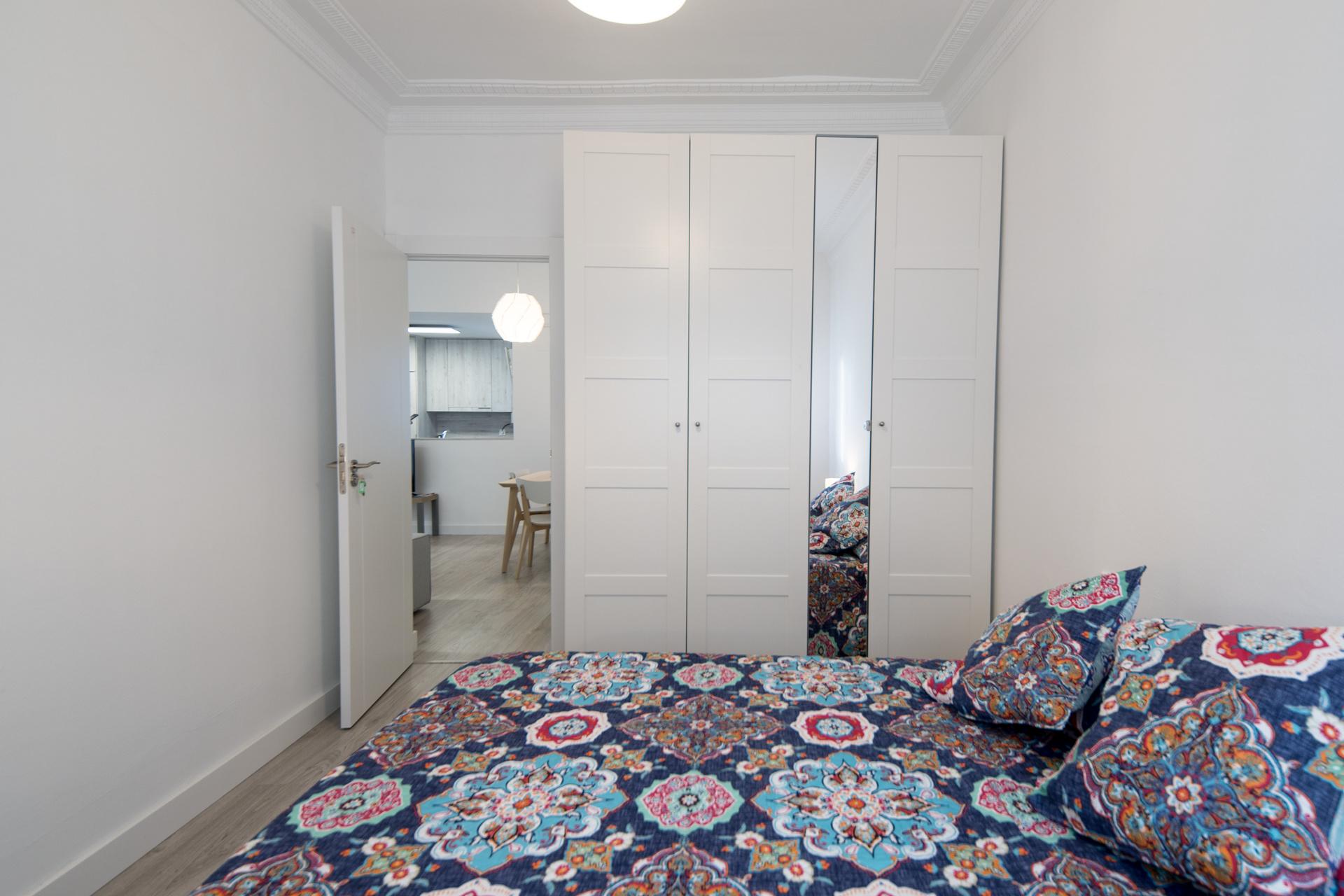 habitacion alquilar piso zaragoza poppy rooms