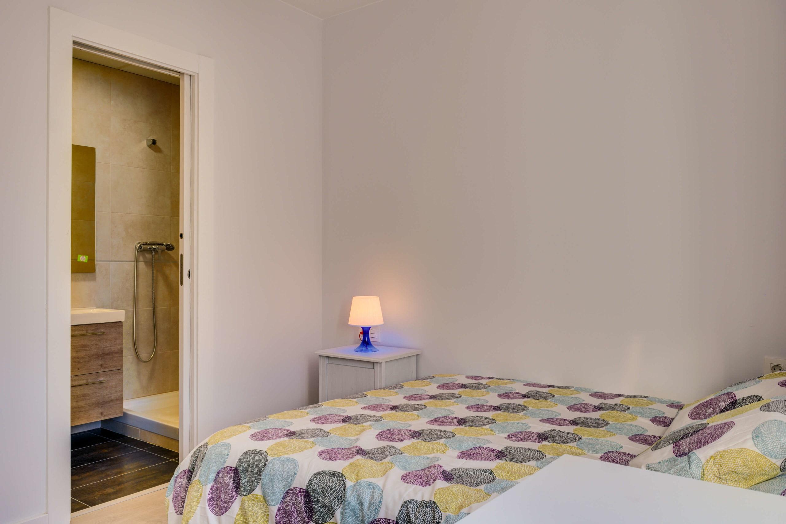 habitacion renovada alquiler baño privado piso compartido zaragoza